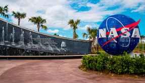 NASAの学者「UFOはすでに地球に飛来しているが、人類がそれに気づかないだけかも」 | ザ・リバティweb