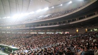 Members around the world gathered to Tokyo Dome.
